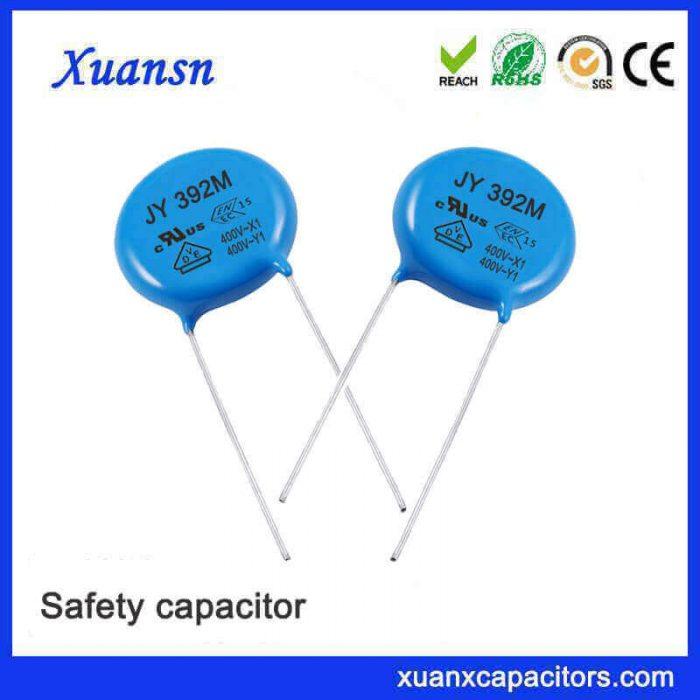 Safety ceramic capacitor Y1